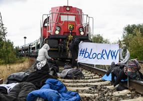 [13.08.2019] Blockade der Volkswagen-Fabrik in Wolfsburg durch Klimagerechtigkeitsbewegung
