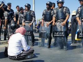 Bei der Kundgebung der streikenden LehrerInnen am 5.9.2019 in Amman - Polizeiüberfall