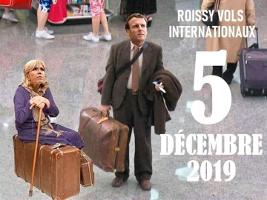 5.12.2019 Paris, Internationaler Flughafen: Jemand sucht einen einfachen Hinflug...