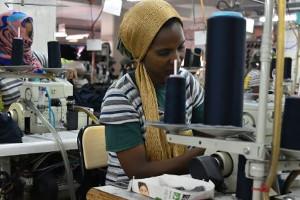 Die niedrigsten Löhne der Welt werden in Äthiopiens Textilindustrie bezahlt - deswegen die vielen Reisen dahin