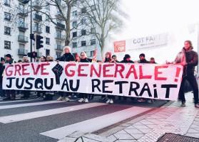 Der CGT Block bei der Demonstration gegen die Rentenreform Macrons am 5.12.2019 tritt für die Fortsetzung des Streiks ein