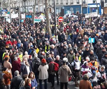 Bildungswesen auf der Pariser Demo am Samstag, den 11. Januar 20. Foto: Bernard Schmid