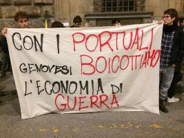 Von Genua aus wird nach verschiedenen Aktionen versucht, ein Netzwerk gegen Waffenhandel in Europas Häfen zu organisieren