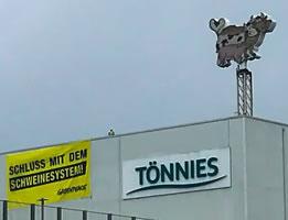 16.7.2020: Greenpeace-Protest am Fleischwerk Tönnies in Rheda