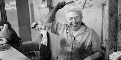 """[DASA-Ausstellung] """"Gesichter der Arbeit"""" Fotografien aus Ostberliner Industriebetrieben - Foto aus der aus der Pressemappe der DASA"""