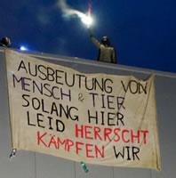 [2.11.2020] Tönnies-Schlachtfabrik in Kellinghusen für fast 10 Stunden blockiert