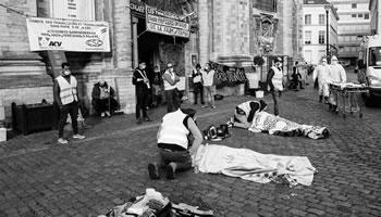 Die Papierlosen von Béguinage: Rund 250 Menschen besetzen eine Kirche im Zentrum von Brüssel für die sofortige Legalisierung ihres Aufenthaltsstatus