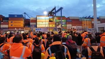 PAME: Tod eines 45-jährigen Arbeiters in den Docks von COSCO in Piräus